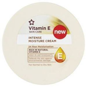 Superdrug Vitamin E Intense Moisture Cream 100ml এর ছবি