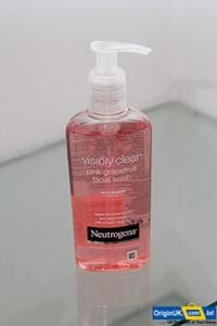 Neutrogena Pink Grapefruit Facial Wash 200ml এর ছবি